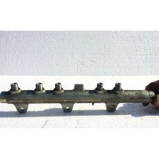 Rampa injectoare Fiat Stilo Doblo Punto Alfa 147 156 166 1.9 JTD 0445214016