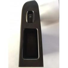 Buton geam dreapta fata Hyundai Trajet 935753A000
